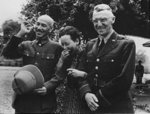 220px-Chiang_Kai_Shek_and_wife_with_Lieutenant_General_Stilwell.jpg